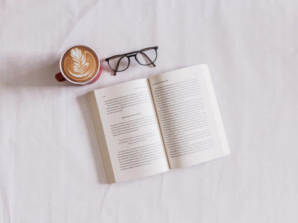 社会人の学び直しの助けとなる 「学びの教科書」とは?