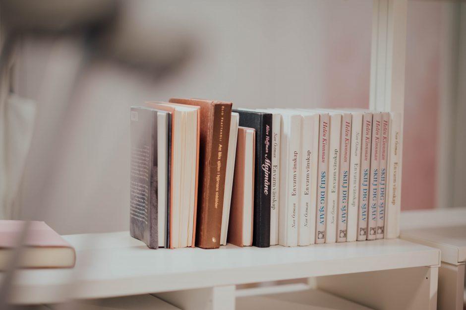 【駐在員が推す】海外赴任に行く人にオススメの本